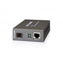 TP-Link MC220L Gigabit SFP Media Converter แปลงสัญญาณจากสาย UTP เป็น Fiber Optic ใช้ร่วมกับ SFP Module